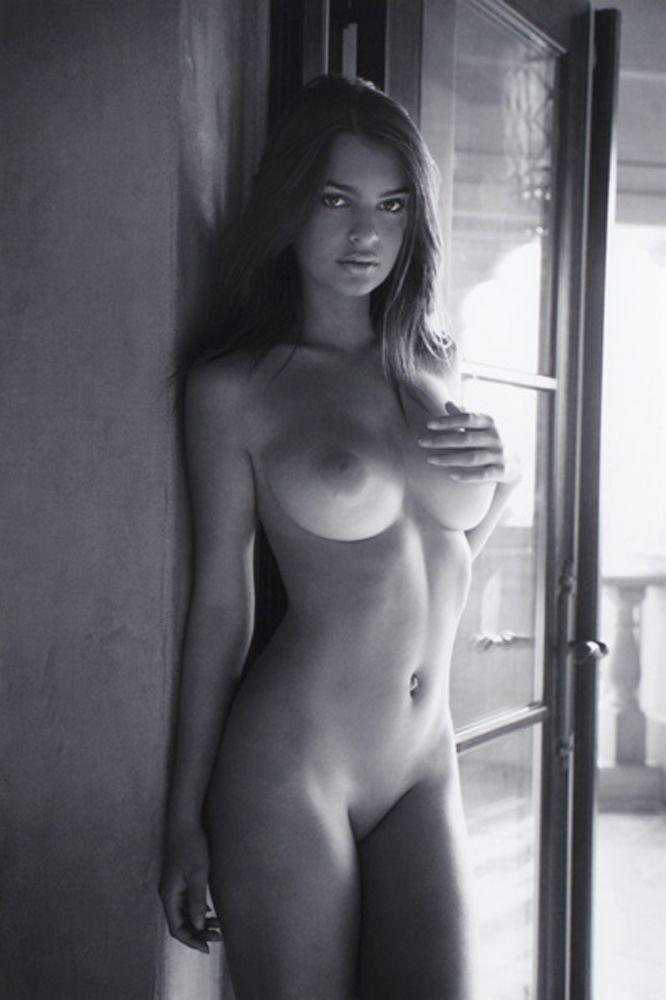 emily ratajkowski фото голая