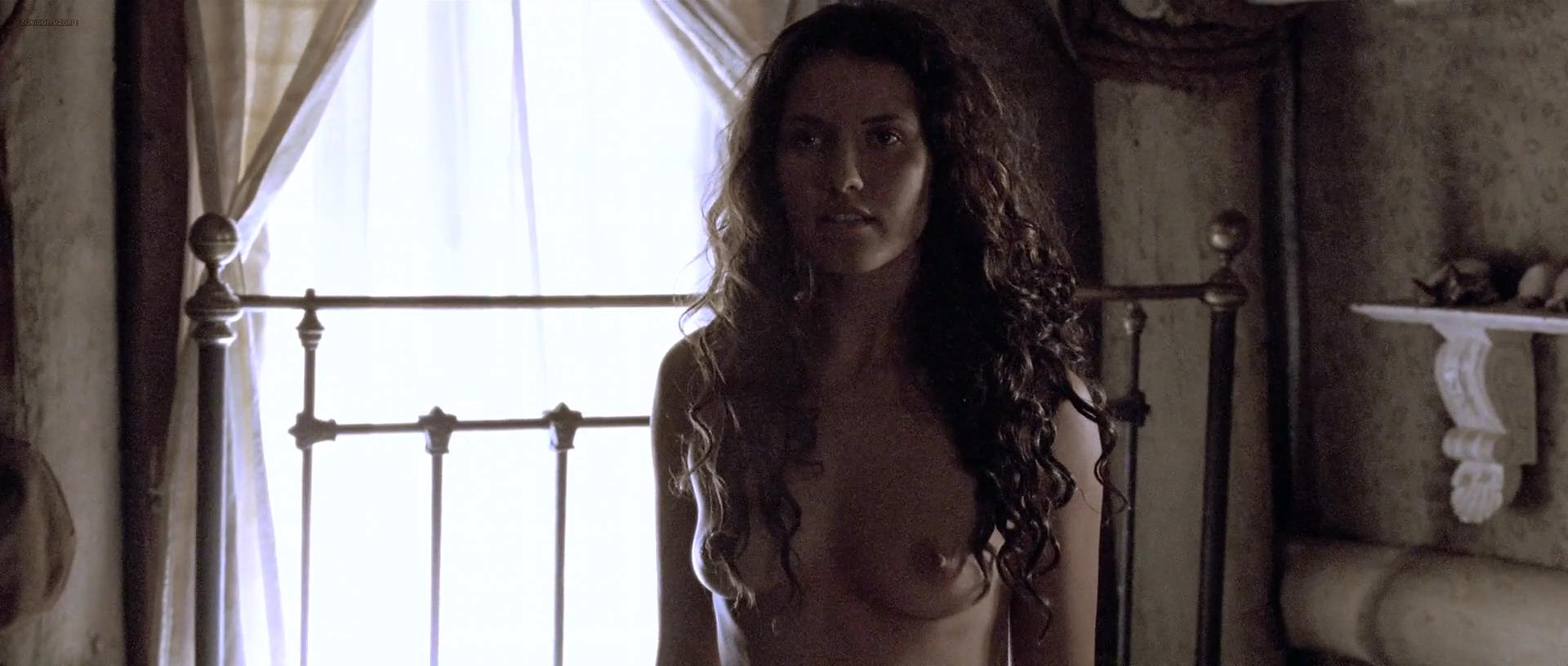 tanit phoenix boobs naked body parts of celebrities