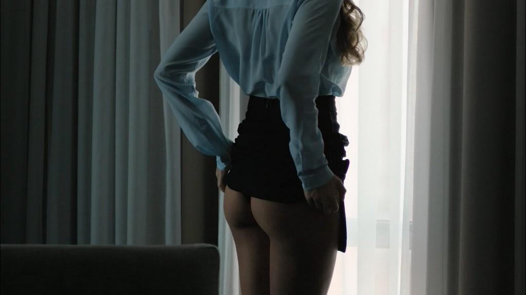 Naked big black booty