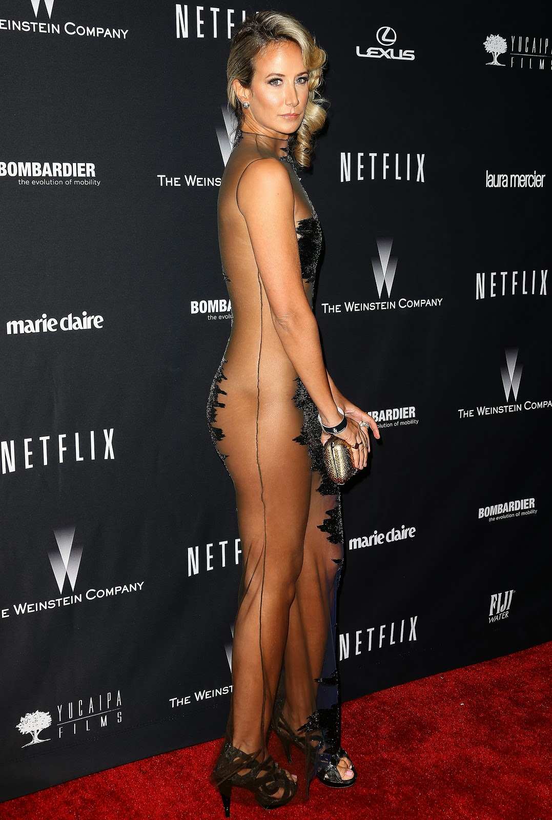 Hervey  nackt Victoria Cobie Smulder
