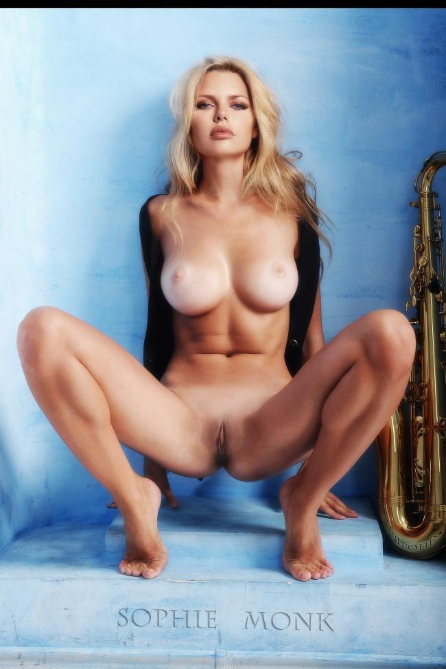 Warm Sophie Gradon Nude Pics
