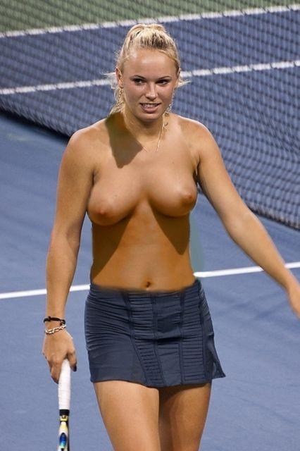 Nude wozniacki Caroline Wozniacki's