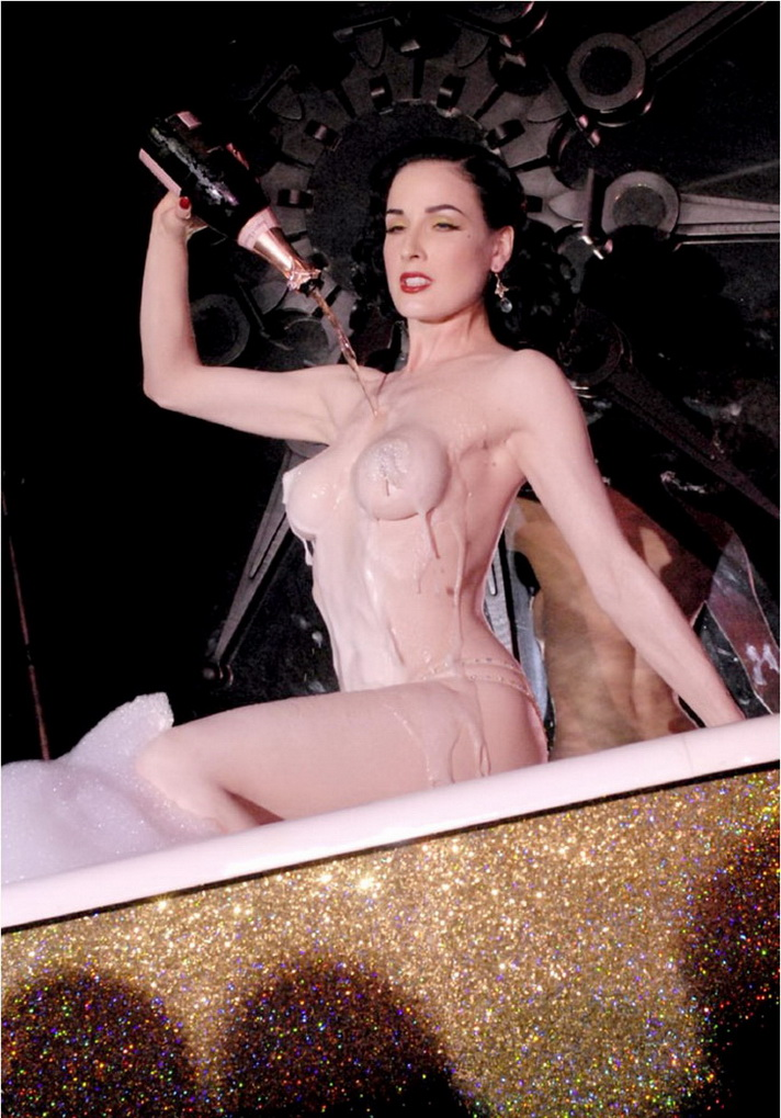 dita von teese nude leaked photos naked body parts of