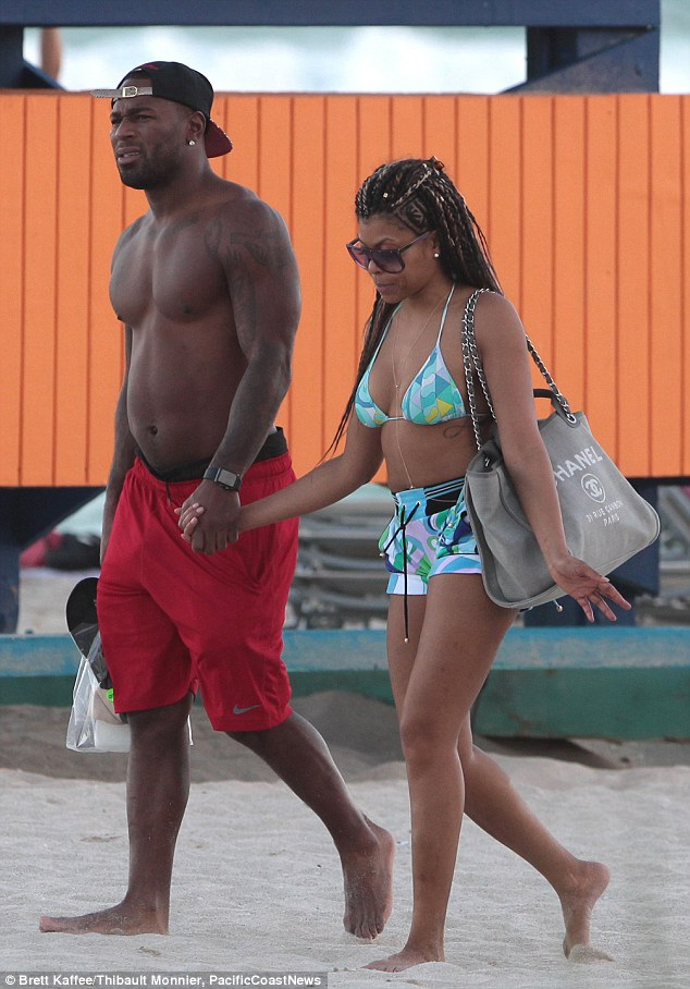 Taraji P. Henson Naked: Topless Photos Of Cookie From